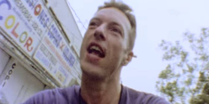 COLDPLAY DIVULGA CLIPE DE A HEAD FULL OF DREAMS title=